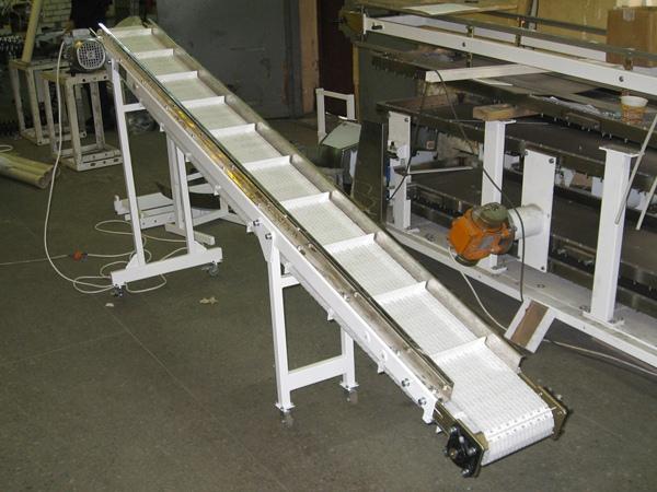 Конвейер с модульной лентой